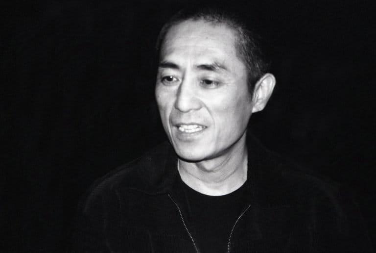 """张艺谋,国际知名的第五代导演,他的早期艺术电影如《红高粱》(1988年)反映了中国80年代的 """"高雅文化热"""",纽约市,2005"""