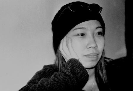 英未未,导演,《盒子》(2001),中国首部关于女同性恋的作品,北京,2001