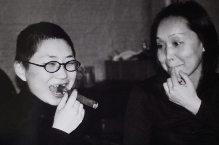 Caspar和女朋友在《我们害怕》(2002)中扮演自己,上海,2002