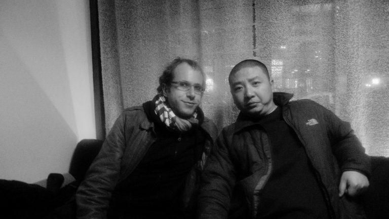 纪录片导演徐辛与美国纪录片导演史杰鹏,酒吧,纽约,2011
